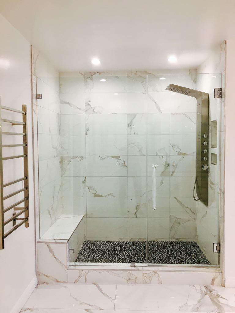 Encino_Master_bathroom-2